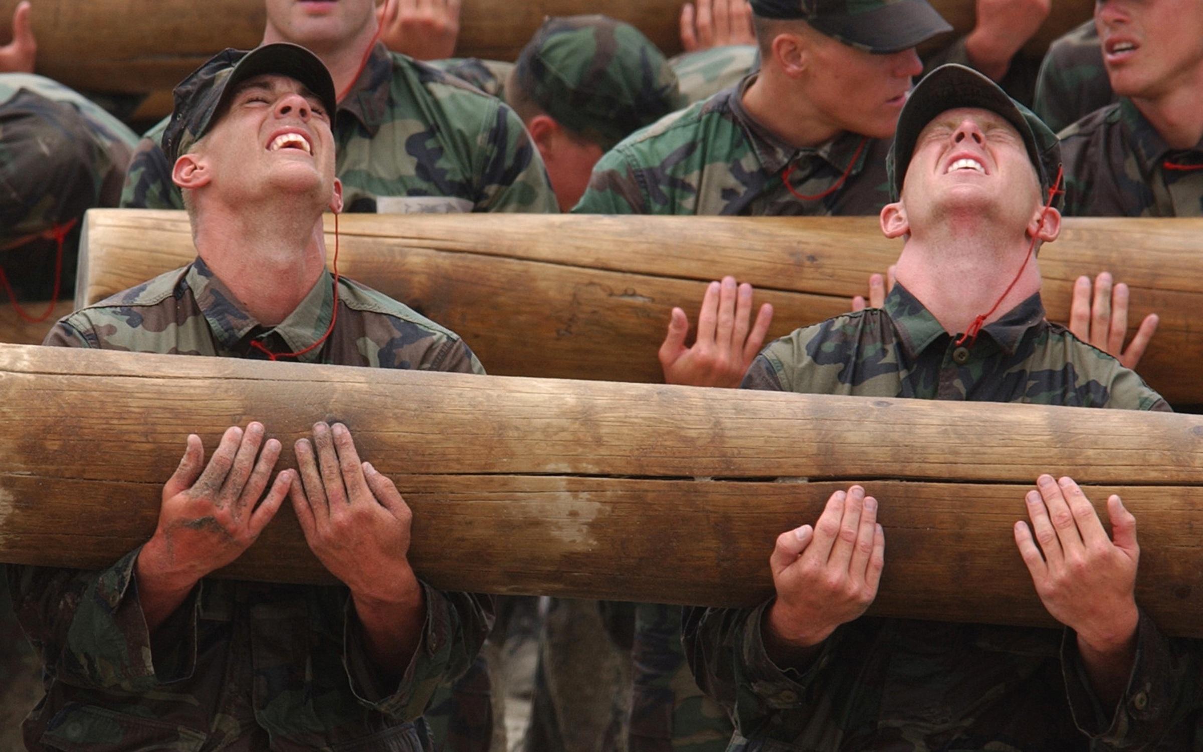 stockvault-teamwork-training202920